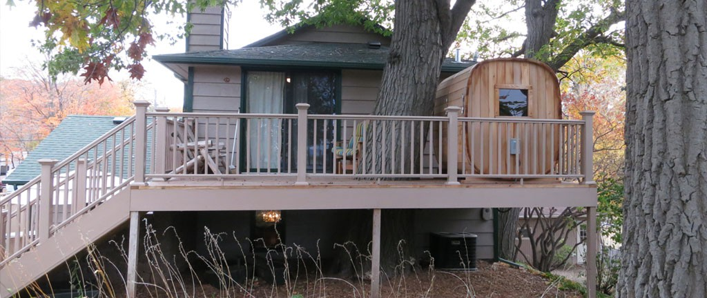 custom built deck in excelsior mn